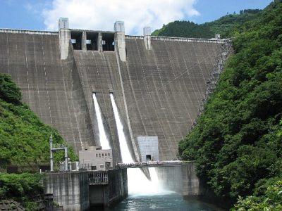 相模川水系中津川 宮ヶ瀬ダム(神奈川県相模原市)2019年10月13日0時頃から、下流に流れる水量が増える異常洪水時防災操作に移行する可能性